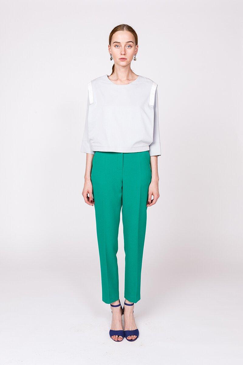Зеленые брюки дудочки